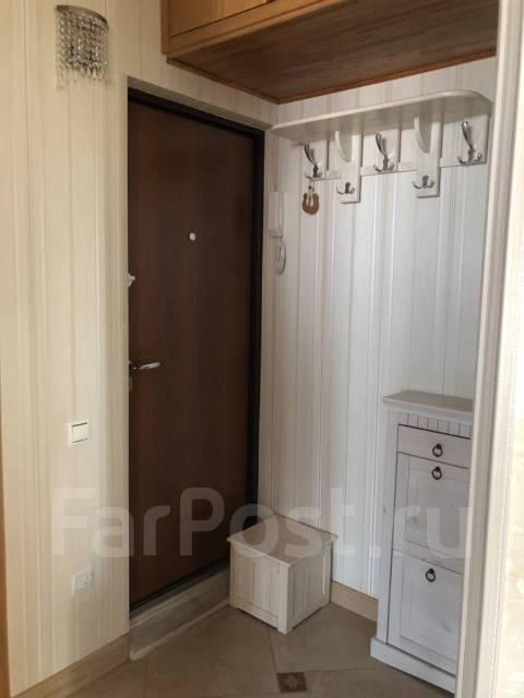 2-комнатная, улица Нерчинская 38. Центр, частное лицо, 40кв.м. Прихожая