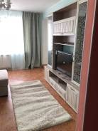 2-комнатная, улица Калинина 115а. Чуркин, частное лицо, 56,0кв.м. Комната
