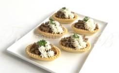 Тарталетки с паштетом и сливочным сыром (5 шт.) (Праздничное меню)