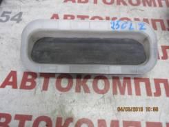 Вентиляция багажного отсека Toyota Avensis, левая