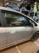 Дверь передняя правая на Honda FIT Shuttle GG7, GG8, GP2