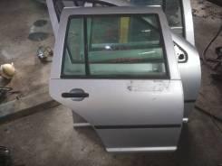 Дверь правая задняя Volkswagen Golf Mk4 универсал