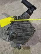 Насос вакуумный. Volvo: V70, V50, XC70, XC60, S80, XC90, S60 Двигатели: D5204T3, D5244T10, D5244T14, D5244T4, D5244T5, D5244T, D5244T2, D5244T7, D5244...