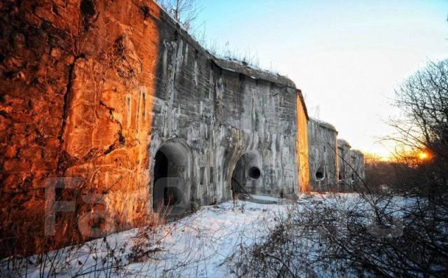 Форты, крепости.