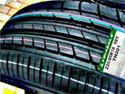 Triangle Sports TH201, 235/45 R18