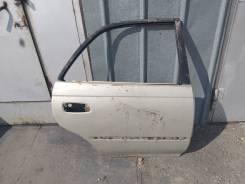 Дверь Toyota Carina ST19# задняя правая