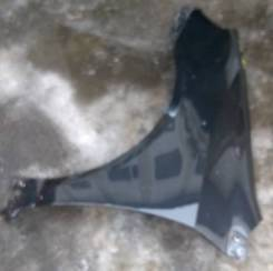 Крыло левое Toyota Filder NZE121