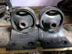 Подушка АКПП Toyota Noah SR50