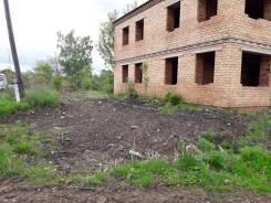Продам земельный участок со строением