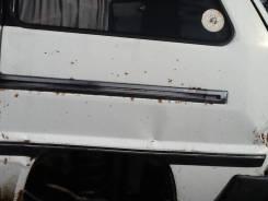 Продам направляющую сдвижной двери на Toyota Master Ace Surf 2CT