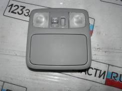 Плафон освещения передний с управлением люка Toyota Kluger MCU25 2004 г.