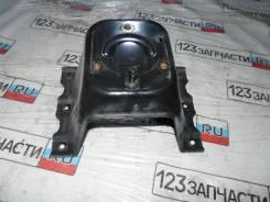 Кронштейн крепления запасного колеса Mitsubishi Pajero V75W