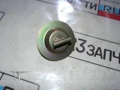 Винт крепления запасного колеса Nissan Qashqai NJ10