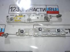 Клипса заднего бампера левая Nissan NV200 VM20