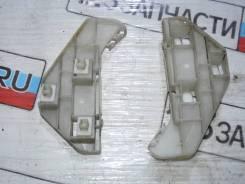 Клипса переднего бампера правая Honda CR-V RD7