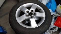 Комплект летних шин Roadstone 215/60/16 на оригинальном литье.