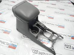 Подлокотник Suzuki Escudo TL52W