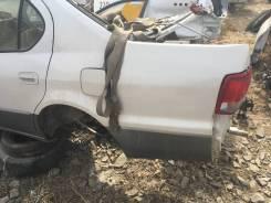 Крыло заднее левое Toyota Camry 40