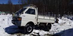 Nissan Vanette. Продаётся нисан ванэт, 2 200куб. см., 1 000кг., 4x4