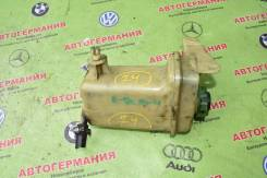Бачок гидроусилителя руля. Audi 80, 8C/B4 1Z, 6A, AAH, AAZ, ABC, ABK, ABM, ABT, ACE, ADA, ADR, NG