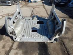 Задняя часть автомобиля на Mitsubishi Pajero V25(9) MR344413