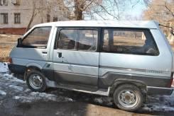 Двери Nissan Vanette Largo C22