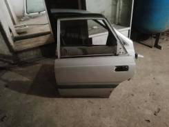 Дверь боковая на Mazda capella,gd8p,f8, седан,87 год.
