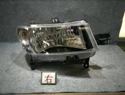 Продам фары Toyota bB 2009 год.