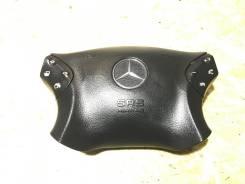 Крышка подушки безопасности водителя Mercedes-Benz C-Class W203 2001 [A2034601198]