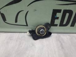 Кнопка открывания багажника opel vectra c, задняя