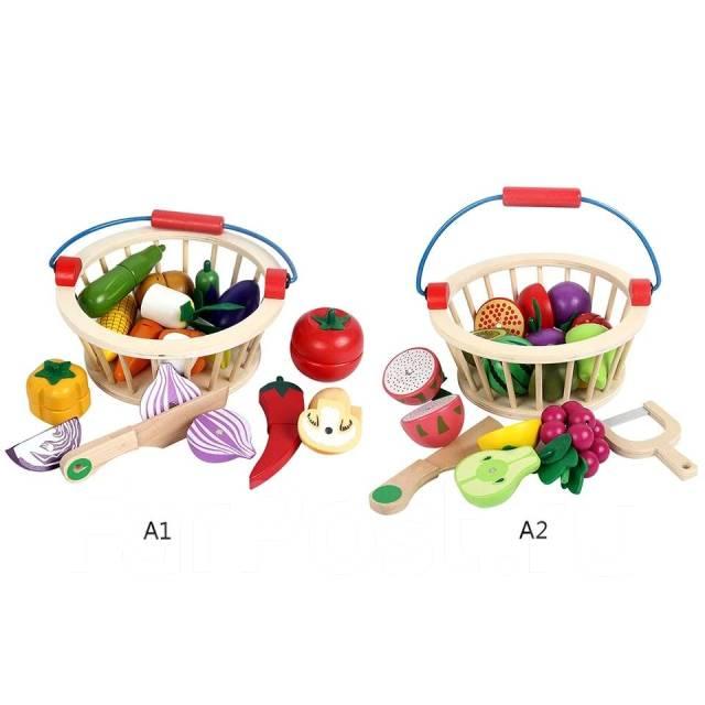 деревянная корзина с овощами и фруктами игрушки во