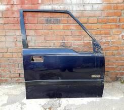 Дверь передняя правая Suzuki Escudo TA01W (дефект - вмятина)