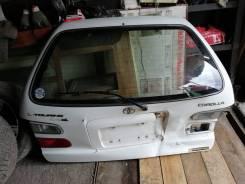 Дверь багажника. Toyota Corolla