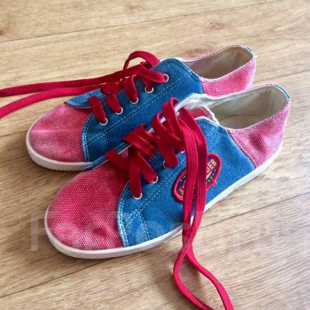 12357ec9 Продам милые джинсовые кеды - Обувь во Владивостоке