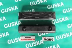 Резиновая накладка Yachoo 101-300B на стальные гусеницы