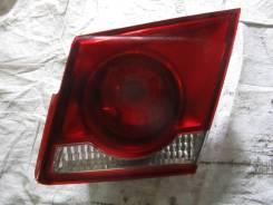 Фонарь правый внутренний Chevrolet Cruze