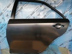 Задняя левая дверь Toyota Camry 50