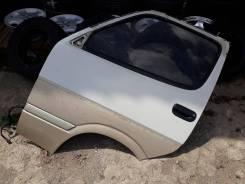 Левая дверь с распила Toyota Hiace KZH106 96года цвет 27W