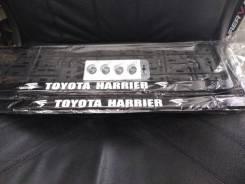 Рамка радиатора. Toyota Harrier