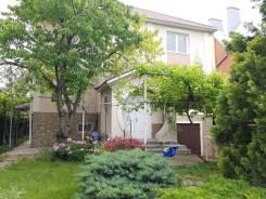 Продается дом 230 кв. м. на участке 6 соток в г. Анапа. Шоссе Анапское 13, р-н Анапа, площадь дома 230,0кв.м., централизованный водопровод, электрич...