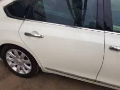 Дверь задняя правая Nissan Teana J32 (без стекла)