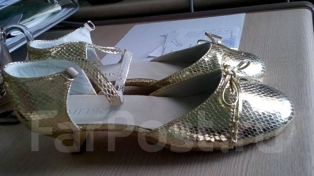 daaaedf7a Детские туфли - купить во Владивостоке. Цены. Фото.