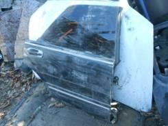 Дверь правая задняя Nissan Gloria Y31