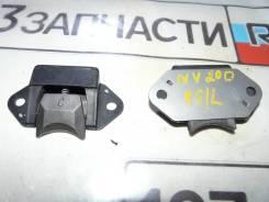 Отбойник двери багажника Nissan NV200 VM20