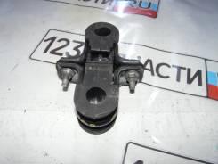 Крепление стабилизатора переднего ( КОМПЛЕКТ ) Nissan NV200 VM20