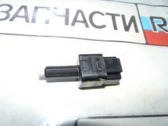 Датчик стоп сигнала ( лягушка ) Nissan NV200 VM20