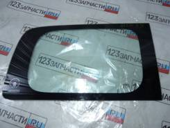 Стекло багажника правое Nissan NV200 VM20
