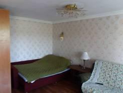 1-комнатная, проспект Находкинский 66. Рыбный порт, частное лицо, 32,0кв.м. Комната
