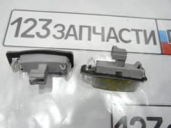 Фонарь подсветки номерного знака Mitsubishi Outlander CW5W