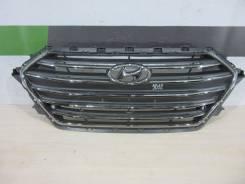 Решетка радиатора Hyundai Elantra с 2016